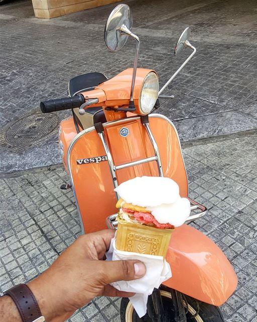 Awesomeness vespalebanon vespa lebanon flamingo hannamitri monday ... (Hanna Mitri Best Bouza Ice Cream)