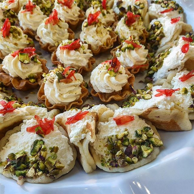 What's your favorite Lebanese Sweets? Ours is definitely anything filled... (Douaihy Cafe)
