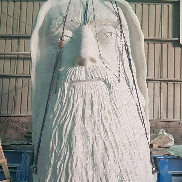 الأحد 20 آب 2017 - نقل أكبر تمثال للقديس شربل من جونيه إلى فاريا الإنطلاق...