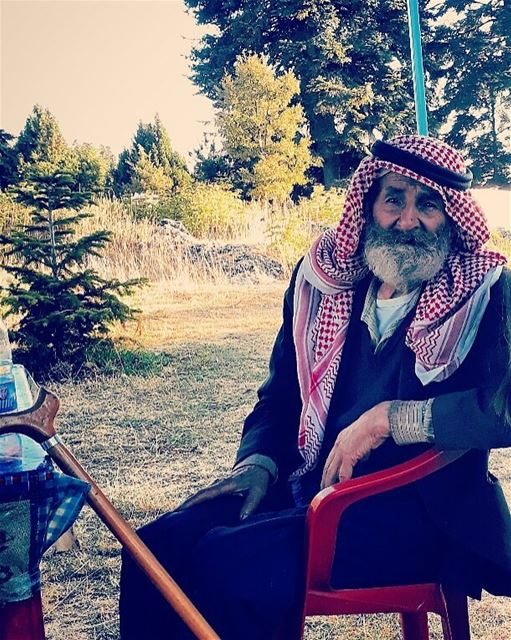eyes are never quiet oldsoul youngspirit beatifulheart oldman ... (Fnaïdek, Liban-Nord, Lebanon)