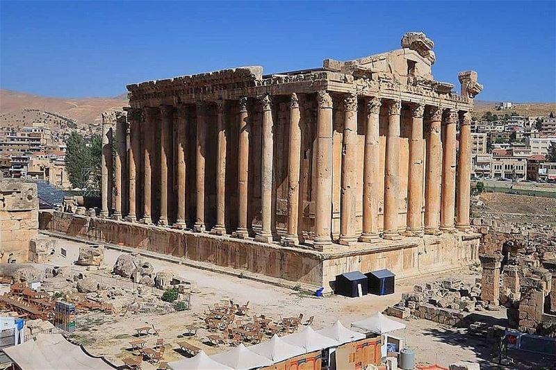 baalbek baalbak baalback temple history old agesago sky niceweather... (Baalbeck, Béqaa, Lebanon)