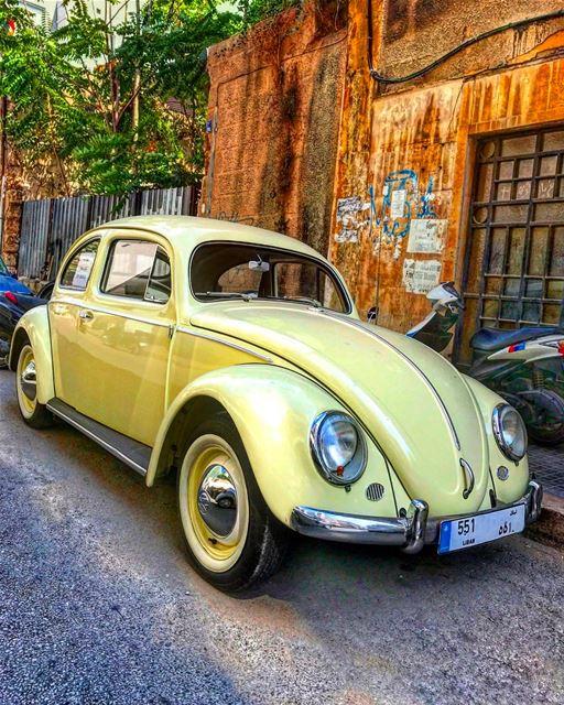 lebanoninstagram livelovebeirut livelovelebanon beetle volkswagen ... (Achrafieh, Lebanon)