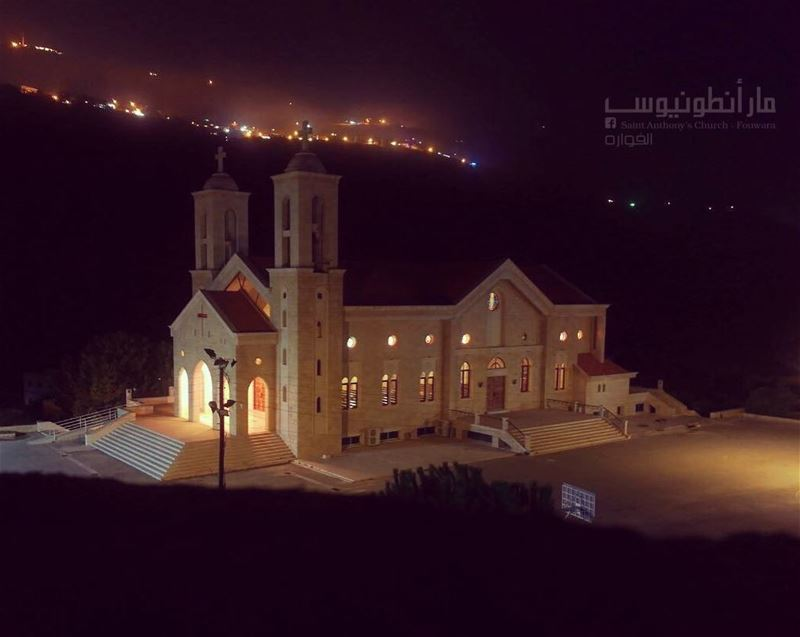 Good night with this amazing view of @saint.anthony.fouwara by: @eltanios...