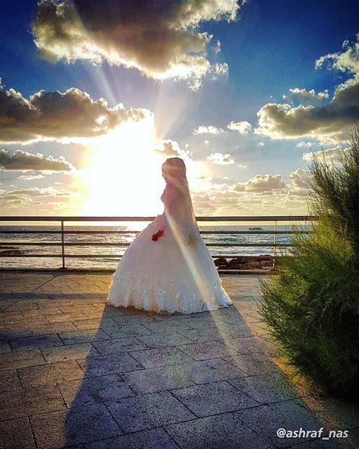 اسوارة العروس مشغولة بالدهبوانت مشغول بقلوب يا تراب الجنوب...رسايل الغياب (Tyre, Lebanon)