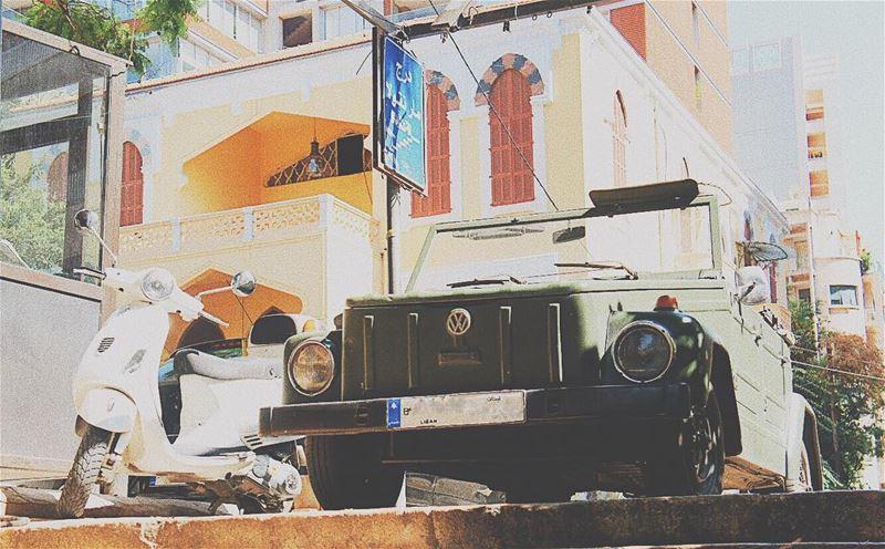 🚥 photography lebanon beirut gemmayze jemmayze oldlebanon vintage ... (Jemmayze)