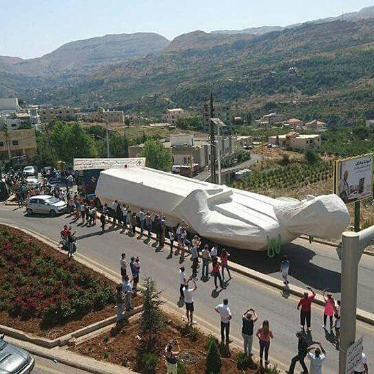 نقل أكبر تمثال من جونيه إلى فاريا nayef_alwan art artist sculptor ...