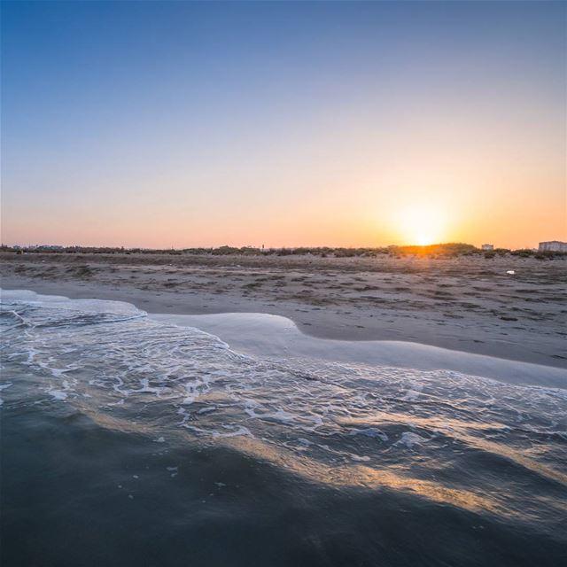 6am in Sour lebanon vsco ... (Tyre Coast Nature Reserve - محمية شاطئ صور الطبيعية)