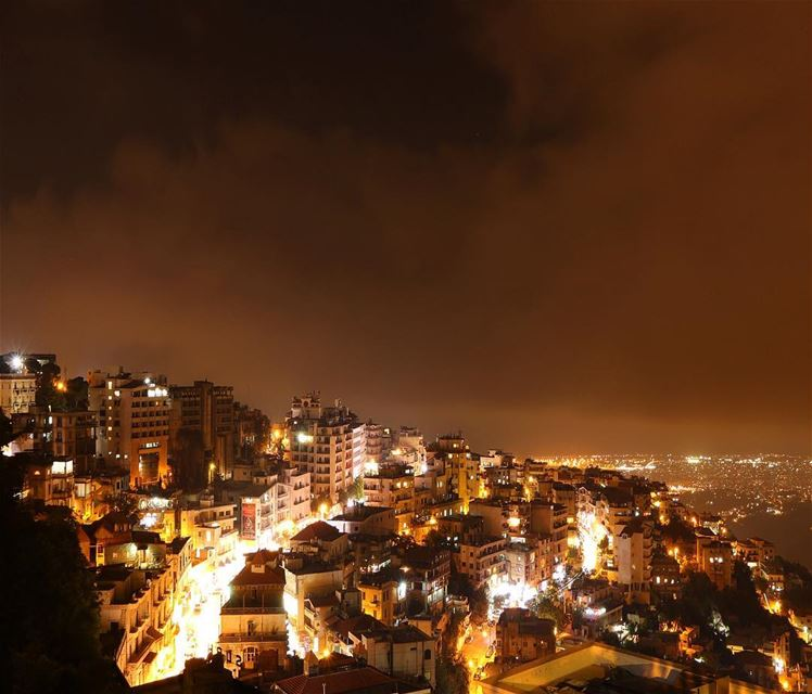 🌃✨.... night nightphotography nightshot landscape... (Aley)