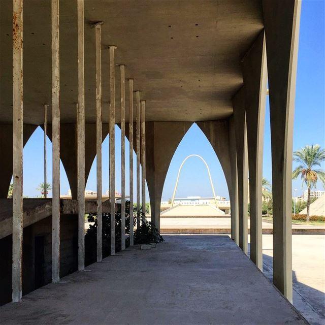 Un Arc Des Arcades et de la Magie 💎............ lebanon ... (Maarad Rachid Karame)