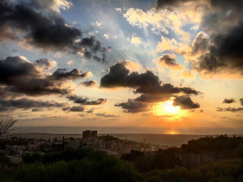 s u n s e t .. 🇱🇧 lebanon lebanon_hdr sun sunset beirut beyrouth ... (Baabda District)