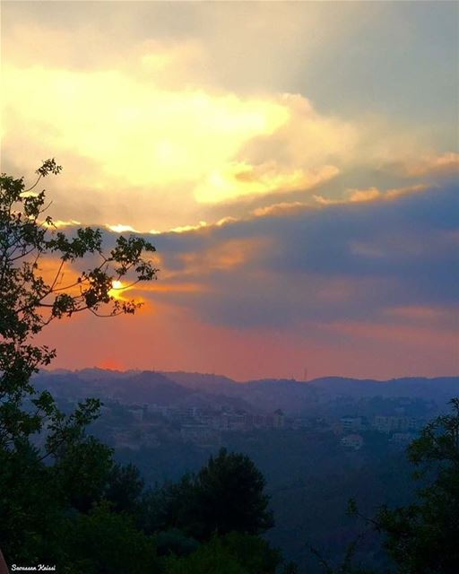 sunset mountains sky clouds colors nostalgia ...