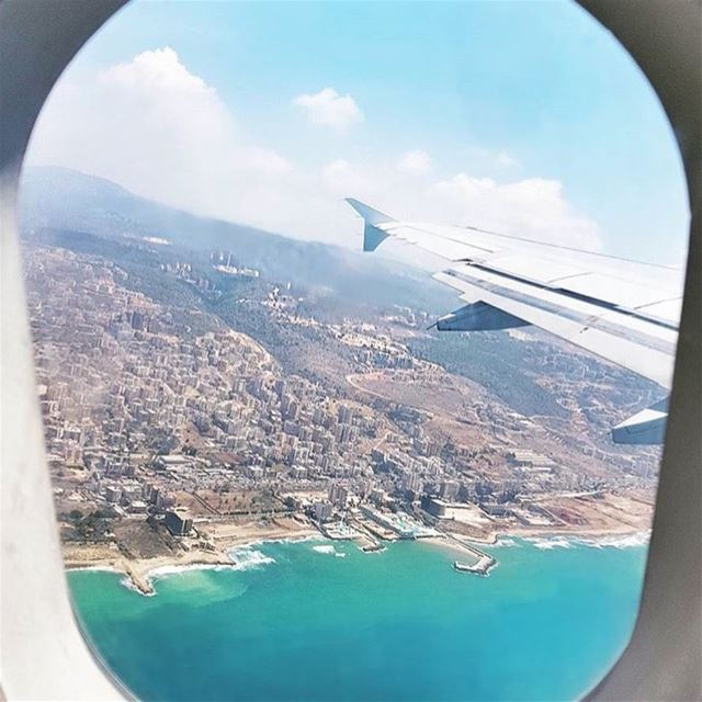 Good afternoon dear followers with this amazing photo from lebanon----🇱� (Beirut, Lebanon)