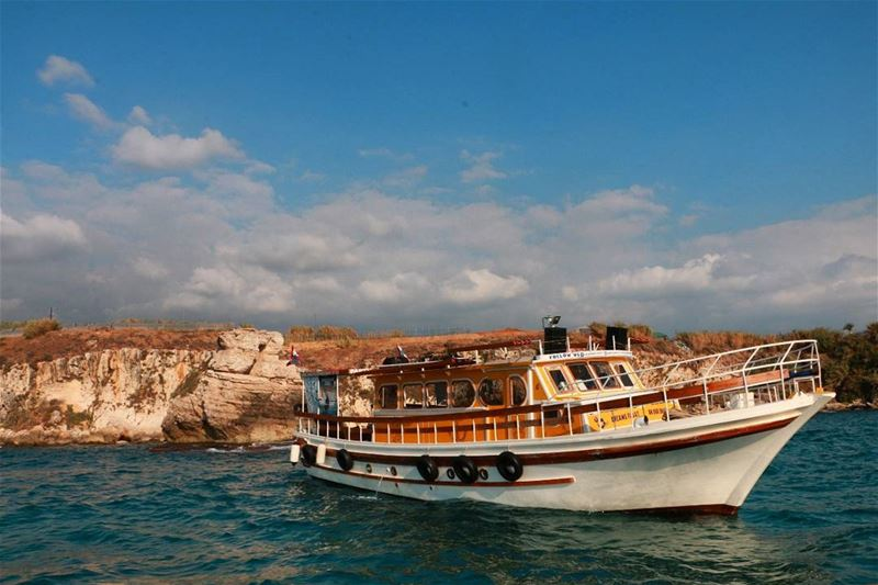 Summer is still in its middle! Are you still thinking ?? Make sure to... (Dabdoub boat)