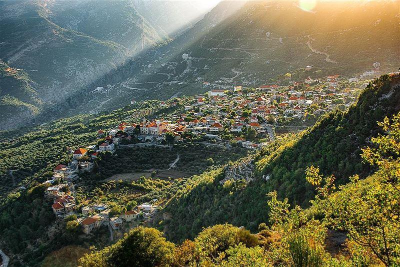 Morning beauty....From an amazing trip to... (Douma, Liban-Nord, Lebanon)