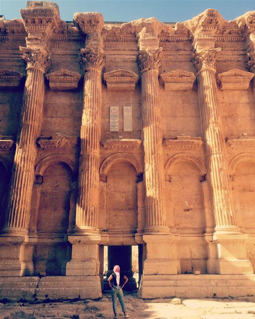 I love places that make me realise how tiny me and my problems are ... (Baalbek , Roman Temple , Lebanon)