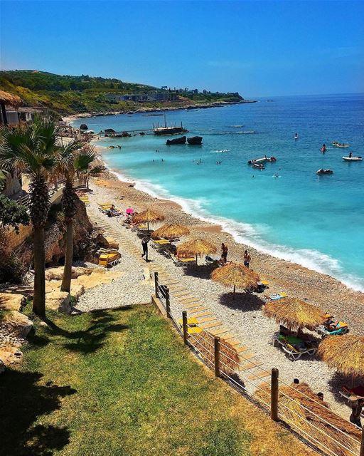 Batroûn, Lebanon ☀️🌳🏖By @jadmassabni Batroun Liban Libano Lebanon... (Batroûn)