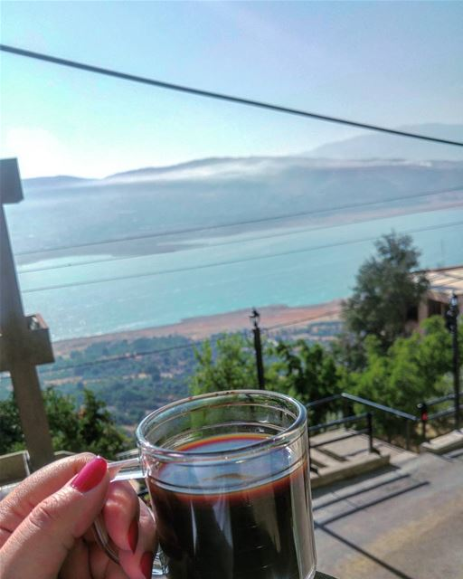 💫 Morning coffee by the Qaraoun Lake (Sorry for the electricity cables) 😀 (Lake Qaraoun)