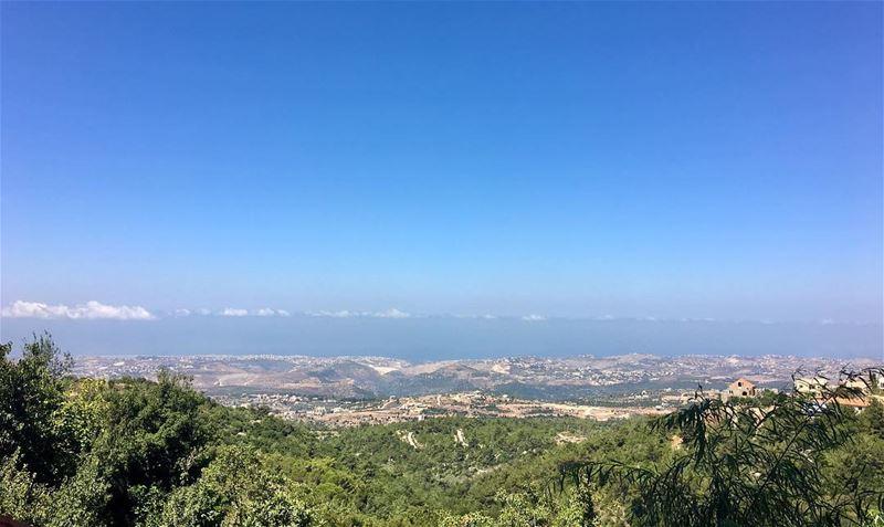 blueandgreen bluengreen lebanesemountains lebanesemountainsview roum ... (Roûm, Al Janub, Lebanon)
