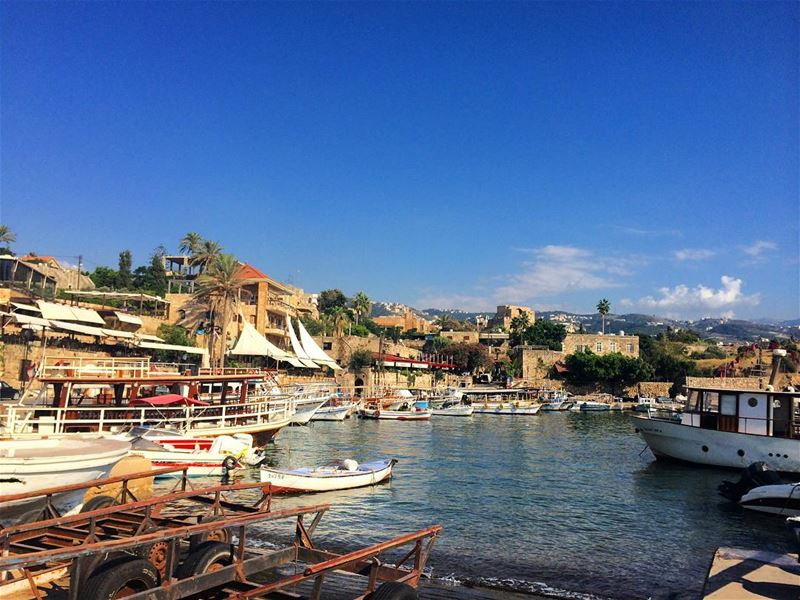 Byblos port 🚤 port byblos jbeil summer estate holidays vacances ... (Byblos - Jbeil)