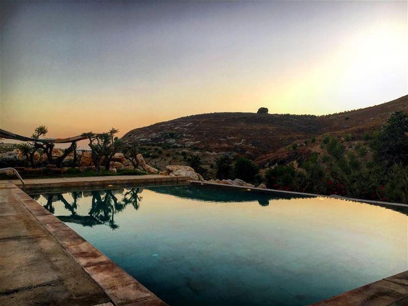 s o u t h 😍 lebanon lebanon_hd lebanon_hdr mountains igers igdaily ... (Ez Zrârîyé, Al Janub, Lebanon)