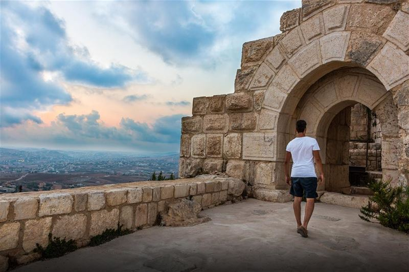 Walking through History 🏰 .......... travel travelblogger ... (Beaufort Castle, Lebanon)