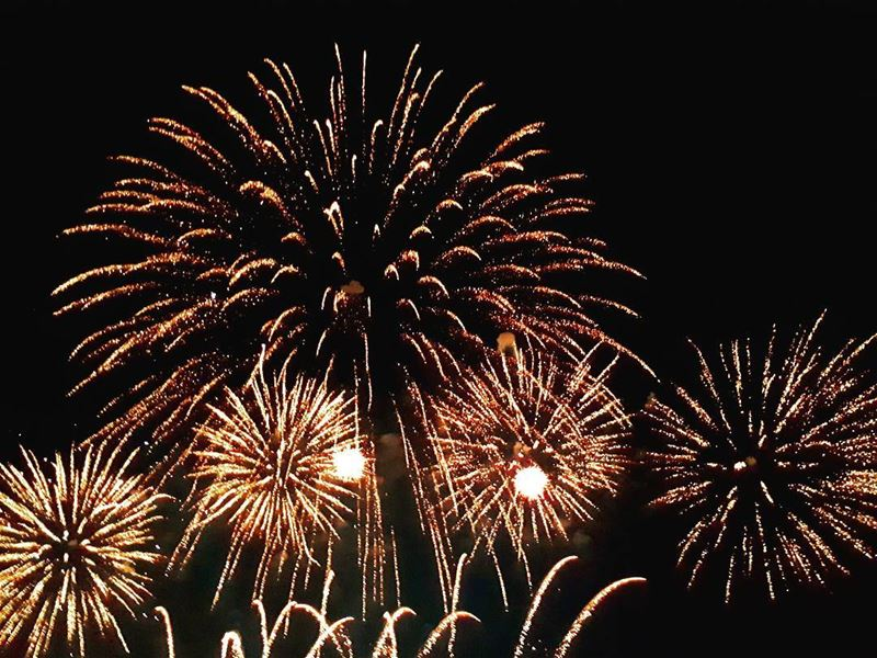firework light night fakraclub fakra summer livelovekfardebian ... (Faqra Club)