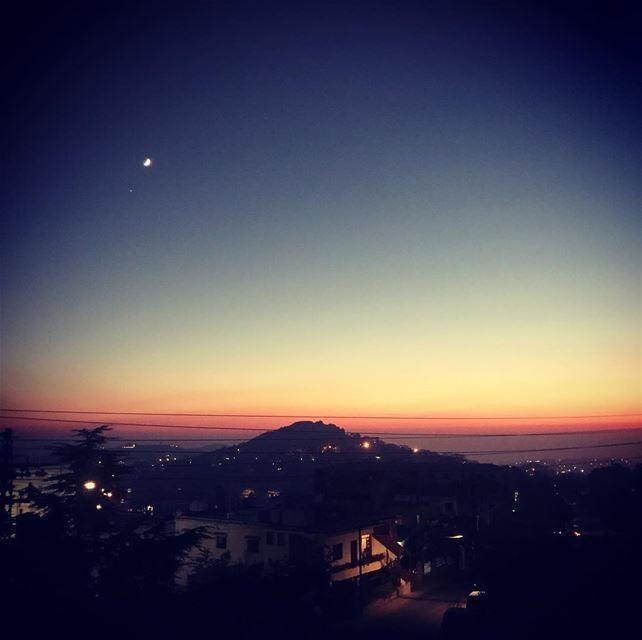 Beautiful sunset 🌅 in mont-liban onlyfiliban sunset lightsout ... (Sawfar, Mont-Liban, Lebanon)
