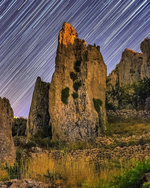 Epic Rock Formation with Star Trails. stars lebanon skies rock trails... (Tannurin Al Fawqa, Liban-Nord, Lebanon)