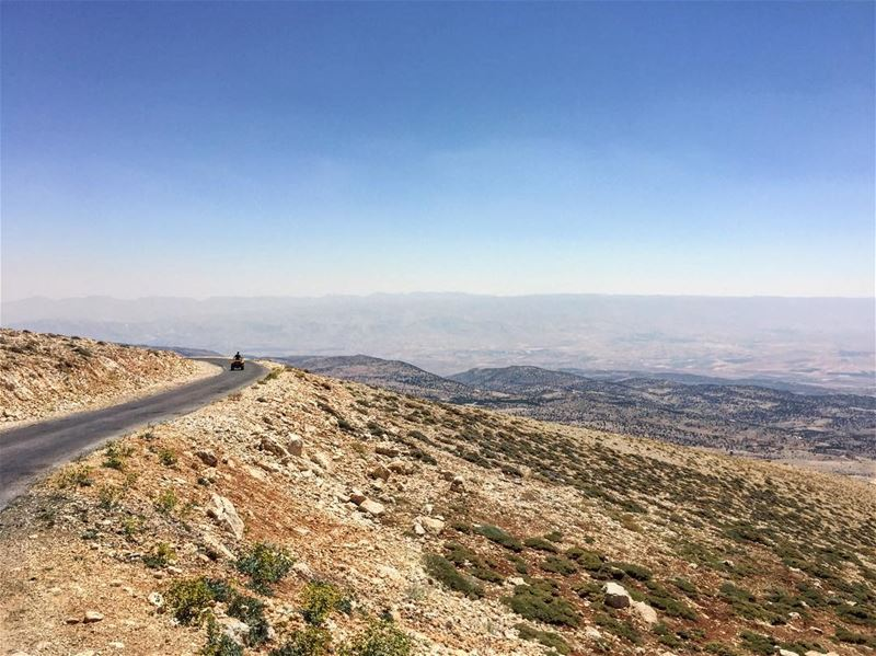 Ride.🔻 bsharre atv livelovebcharre lebanon mountain ride horizon ... (Bcharré, Liban-Nord, Lebanon)