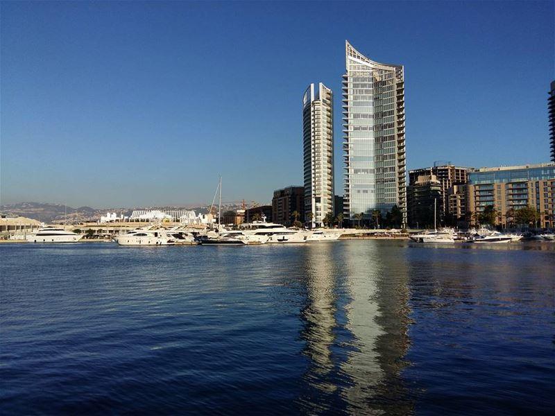 💙 lebanon beirut photooftheday nature instanature sunny naturelovers... (Zaitunay Bay)