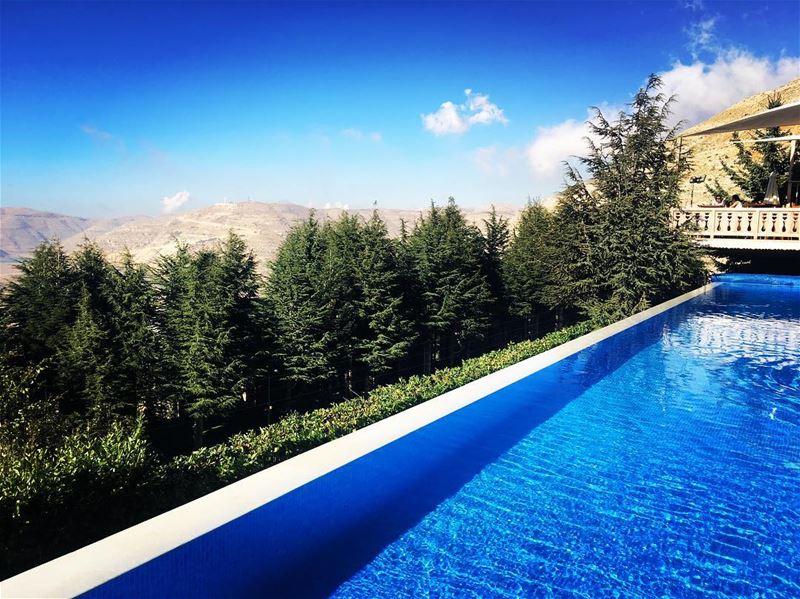 Mountain farniente be like... montagnou ... (Montagnou_faraya)