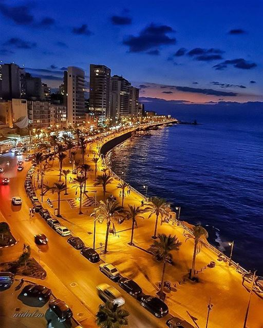 Good Night from Beirut تصبحون على خير من بيروت 😍Photo taken by @nidal.ma (Beirut, Lebanon)