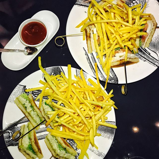 Midnight Craving: Club Sandwich and more from Numero Six........ (Numero Six)