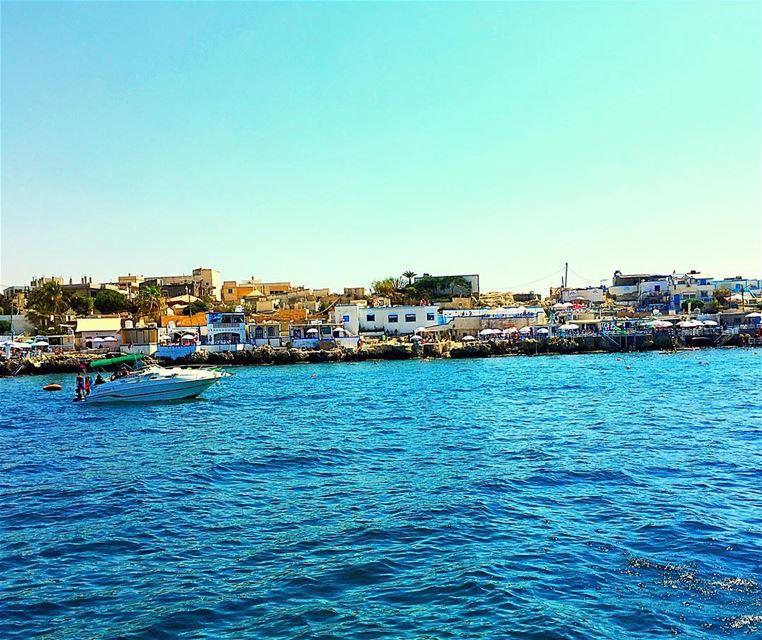 Shades of Blue 💙 enfeh chekka northlebanon lebanon sea lebanonsea ... (Enfeh)