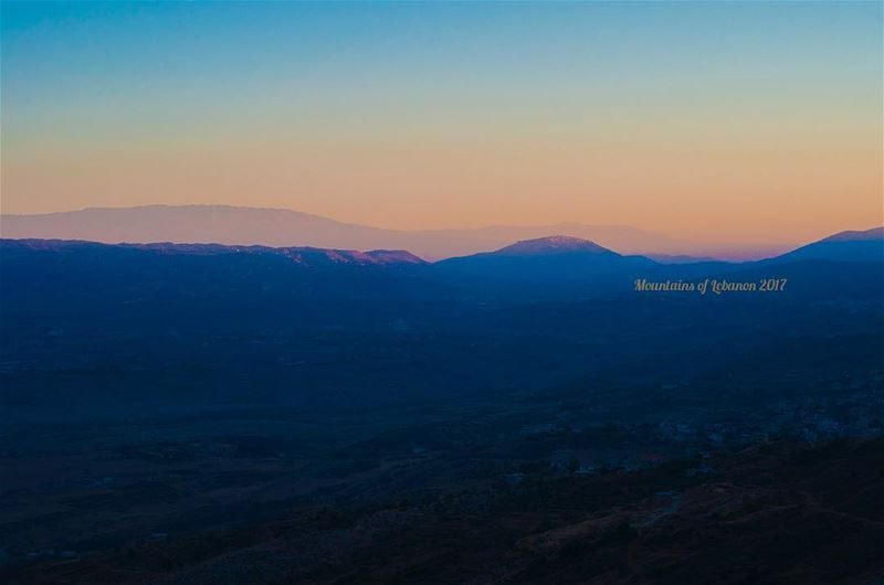 Magical Dawn!Looking towards Rachaya from further south! dawn ... (Rashaya District)