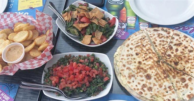fatoush ❤️ Taboulé ❤️ Frites ❤️ Halloum cheese ❤️ lebanon lebanesechef ... (Lylac)