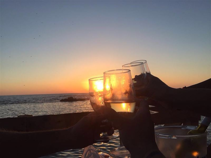 Chasing sunsets lebanesebucketlisters beirut tyre wine drinks sunset... (Al Jamal Tyr)