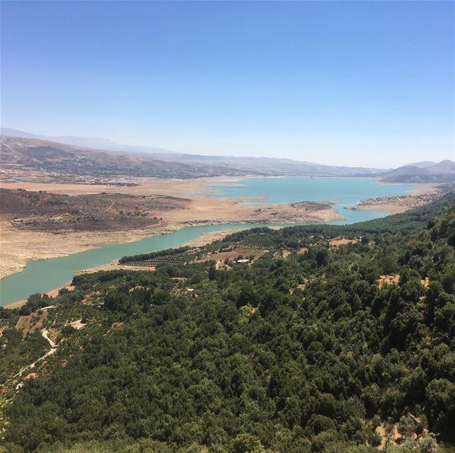 Случайных поездок всегда получаются самых прекрасных... summer2017 ... (Lake Qaraoun)
