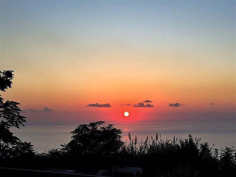 nofilter sunset harissa lebanon sunsetmania sunset_stream ... (Harîssa, Mont-Liban, Lebanon)