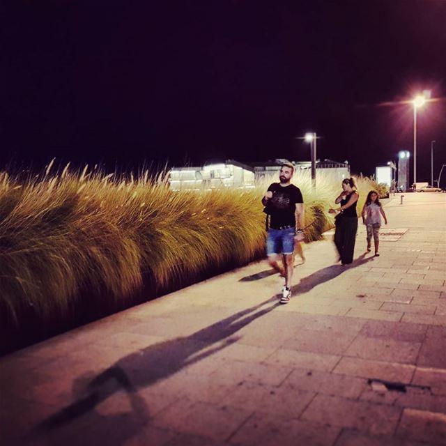 Les Nuits walkthedog hot balmy nights mediterranean nights citylife... (Beirut, Lebanon)