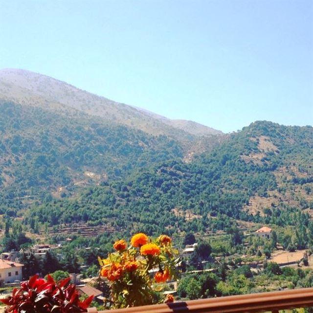 Good Morning From Maasser el Chouf Lebanon photo Taken By @naseemriman 😍😎 (Maasser Ech Chouf, Béqaa, Lebanon)