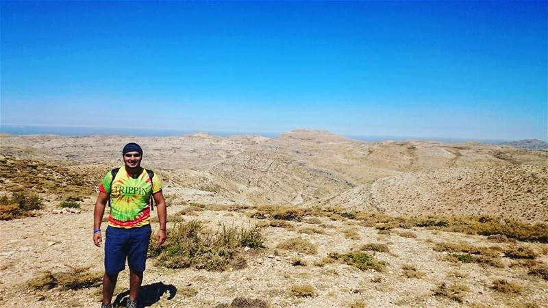 I like being near the top of a mountain. One can't get lost there. hiking... (Faraya, Mont-Liban, Lebanon)