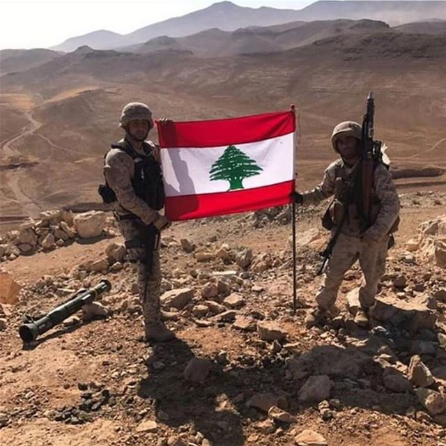تسلم يا عسكر لبنان 🇱🇧🇱🇧🇱🇧🇱🇧🇱🇧 goodmorning .. lebanesearmy... (Ras Baalbek)