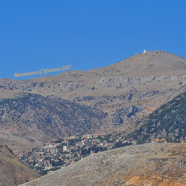 The Town laying in between the surrounding hills and mountains... The town... (Machghara, Béqaa, Lebanon)