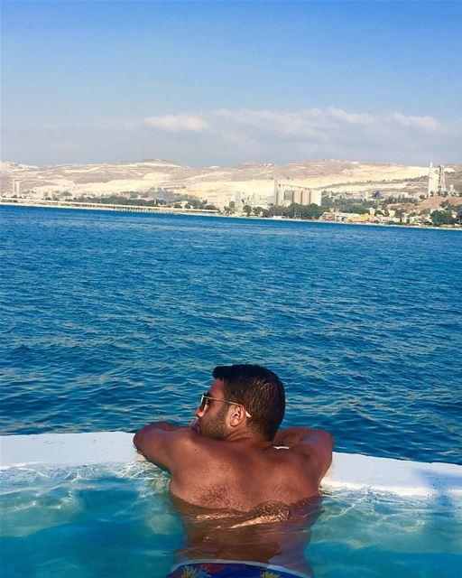 😴Time to relax 🏝⛱ 🏝⛱🇱🇧 adhamubarak holiday beach chekka relaxing... (Rocca Marina)