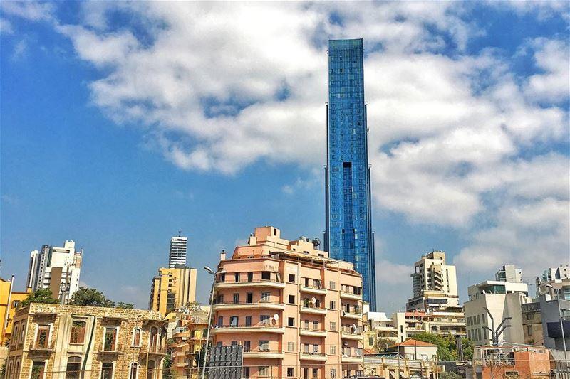 بالايام شو ضيّعنا ايّام و بالاحلام شو كبّرنا احلام livelovebeauty ... (Beirut, Lebanon)