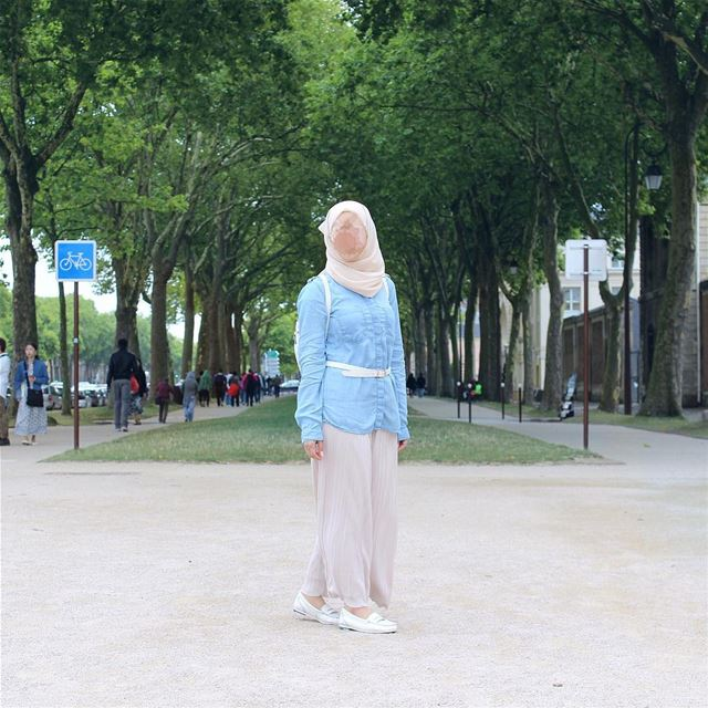 تقبل الله طاعتكم و كل عام وأنتم بخير 💛Outfit details:Hijab: @modestsenor (Versailles, France)