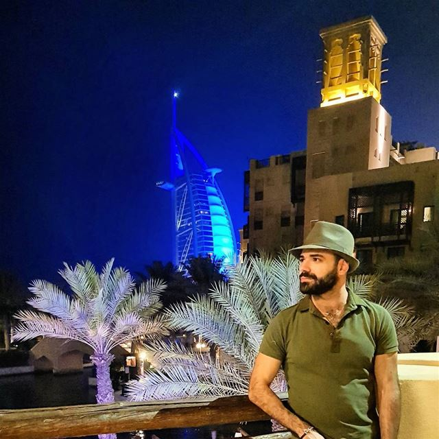 Just a calm Dubai night 🌒 BurjAlArab UAE travel beard beardedmen ...