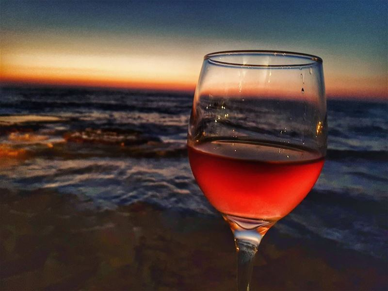 The perfect sunset 💛🍷📍 provincia byblossud.......... (Provincia Byblos Sud Restaurant)