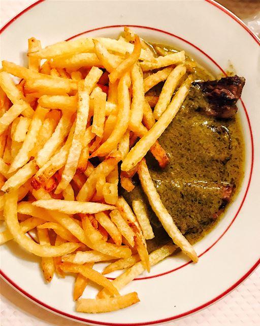 """Le Relais de L'Entrecôte in Montparnasse is a trademark restaurant to... (Le""""Relais de l'Entrecote"""")"""